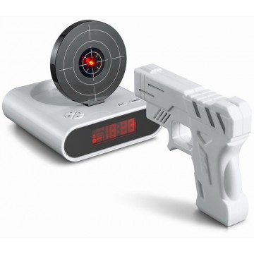 despertador, diana, pistola, láser, día del orgullo friki, gadgets